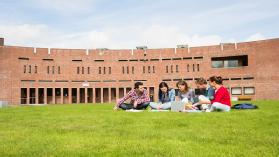 How to Choose a College: Guidance Counseling