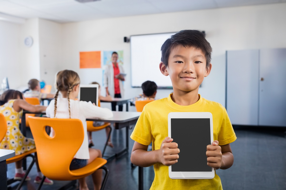 Modern Technology In Classroom Teaching : Tips for using technology in the classroom as a new