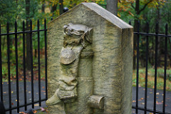 Benedict Arnold boot monument with no name