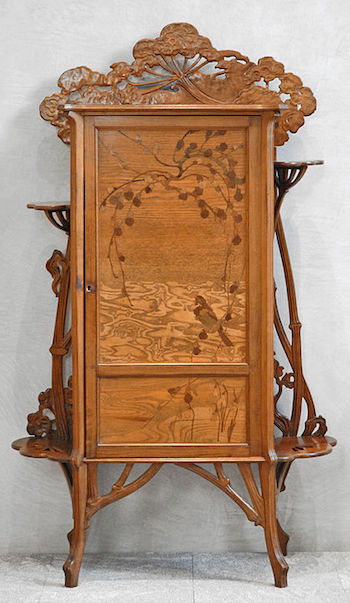 Art Nouveau with inlay