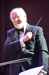 John Williams conducting the Boston Pops Orchestra. Photo by Chris Devers.