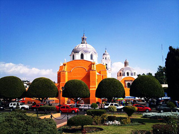 http://commons.wikimedia.org/wiki/File:Tlaxcala2.jpg#/media/File:Tlaxcala2.jpg