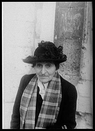 the writing style of gertrude stein Selected writings of gertrude stein by gertrude stein (1990) flag 1 like like see review sep 25,  or introducing someone to her style of writing.