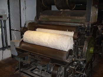 Restored carding machine from 1775