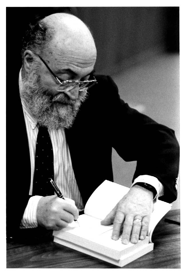 Chaim Potok Biography - Childhood, Life Achievements & Timeline