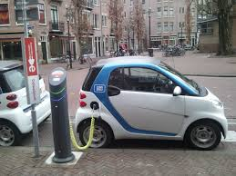 electric cars emit less harmful gases than regular cars
