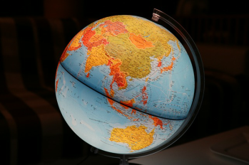 Earth hemispheres lesson for kids study picture of globe gumiabroncs Gallery