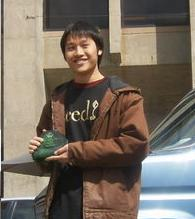 Promoting Campus Environmentalism: University of Washington Student Martin Su Wins a Husky Green Award