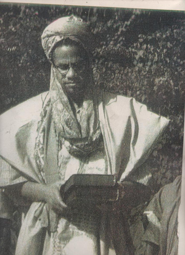 The autobiography of malcolm x by alex haley summary analysis malcolm x on a religious pilgrimage to the middle east fandeluxe Gallery