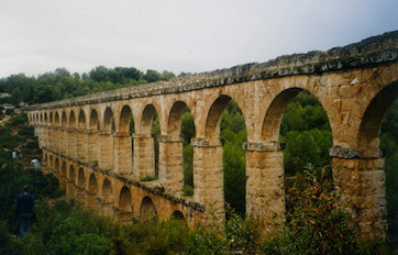 the roman aqueduct: definition & facts | study
