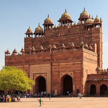 5 Best Experiences in Agra – Things To Do Beyond Taj Mahal