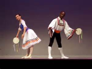 tarantella couple dancing with percussion